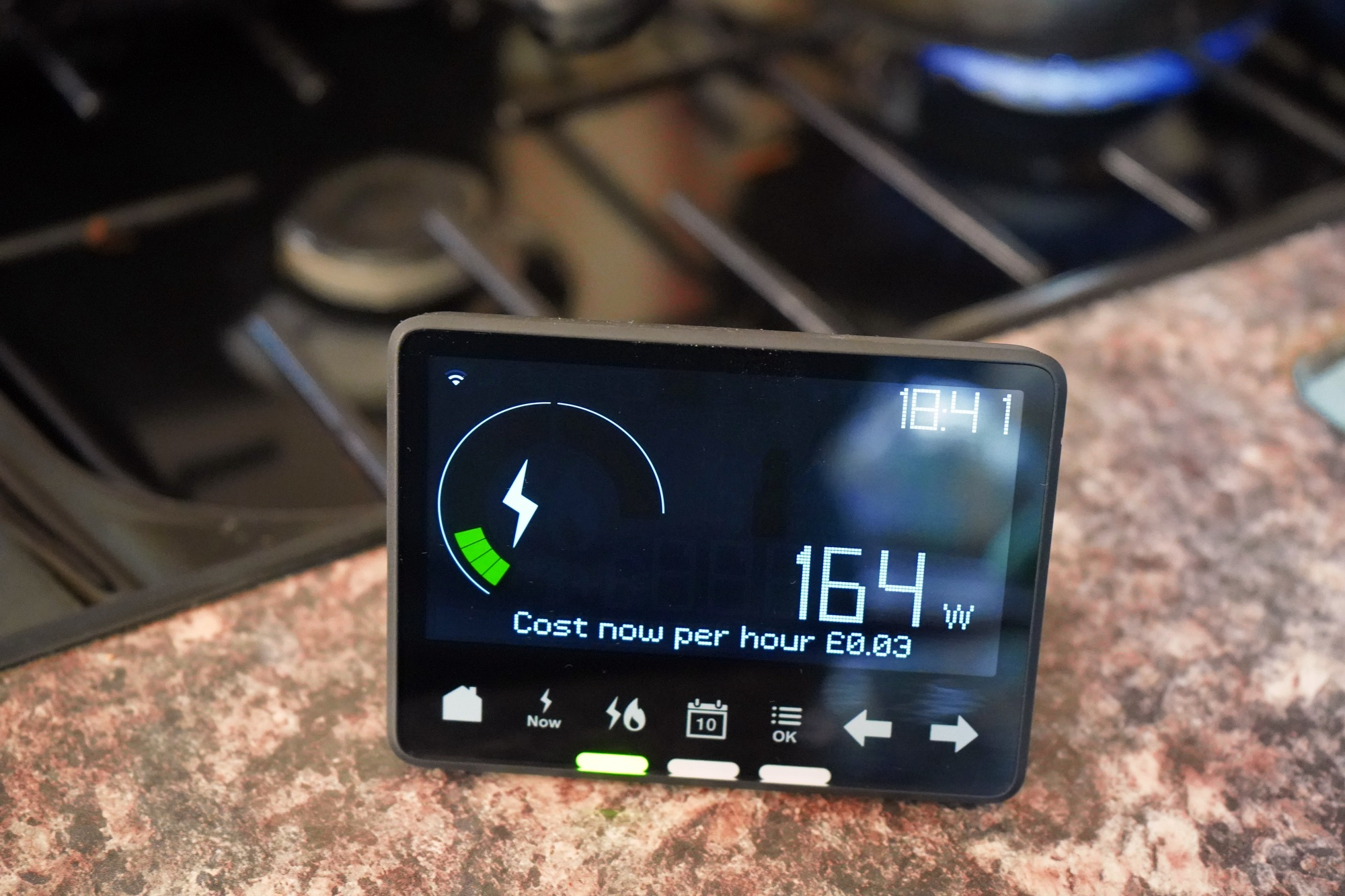 SS_Household smart meter on a cooker